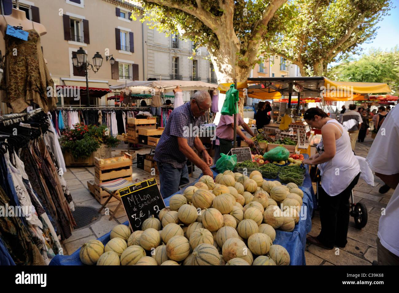 france, provence, vaucluse, orange, outdoor market stall - Stock Image