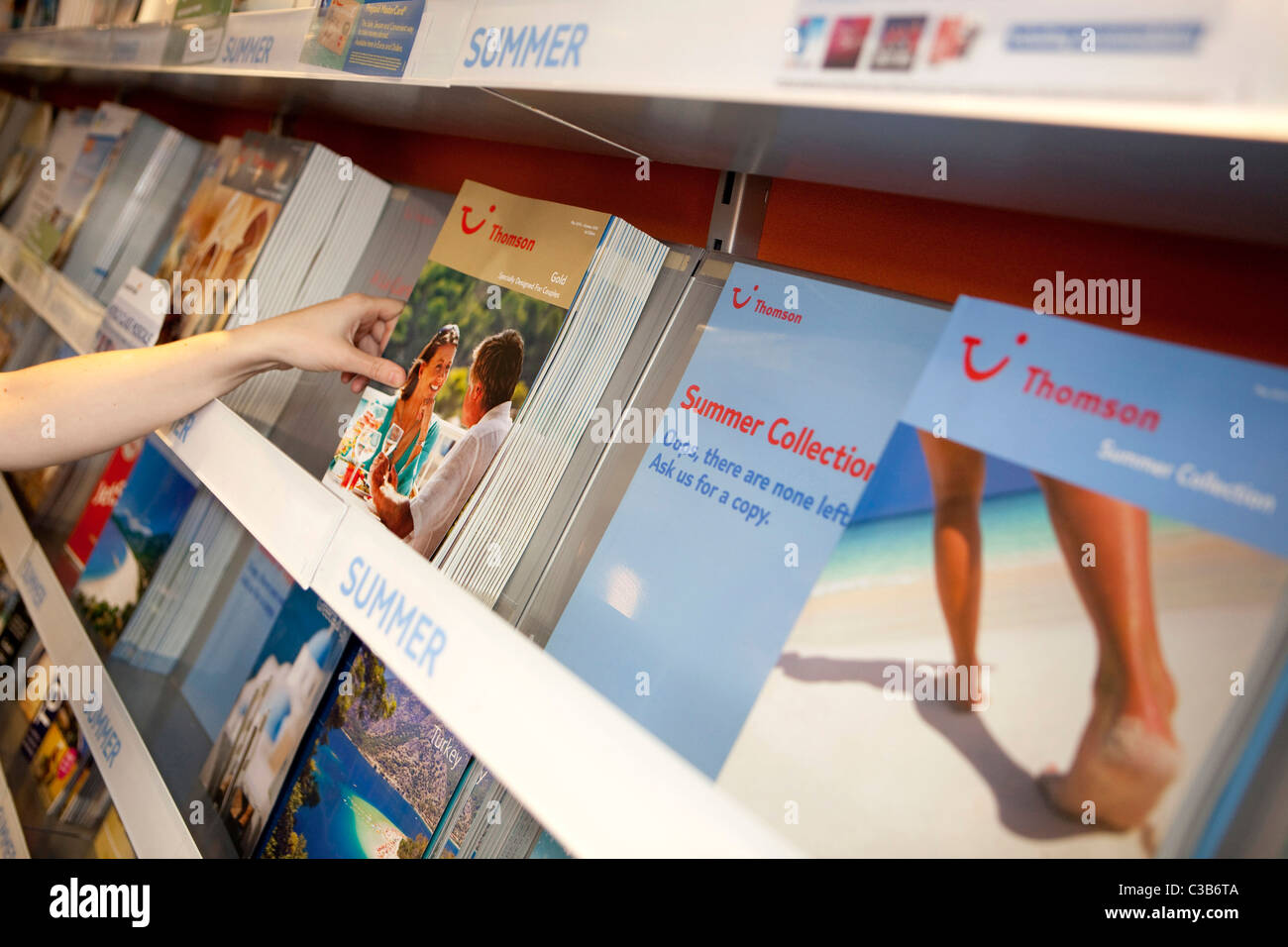 Illustrative image of a branch of Thomson Travel Agency, part of the TUI Travel Group. - Stock Image