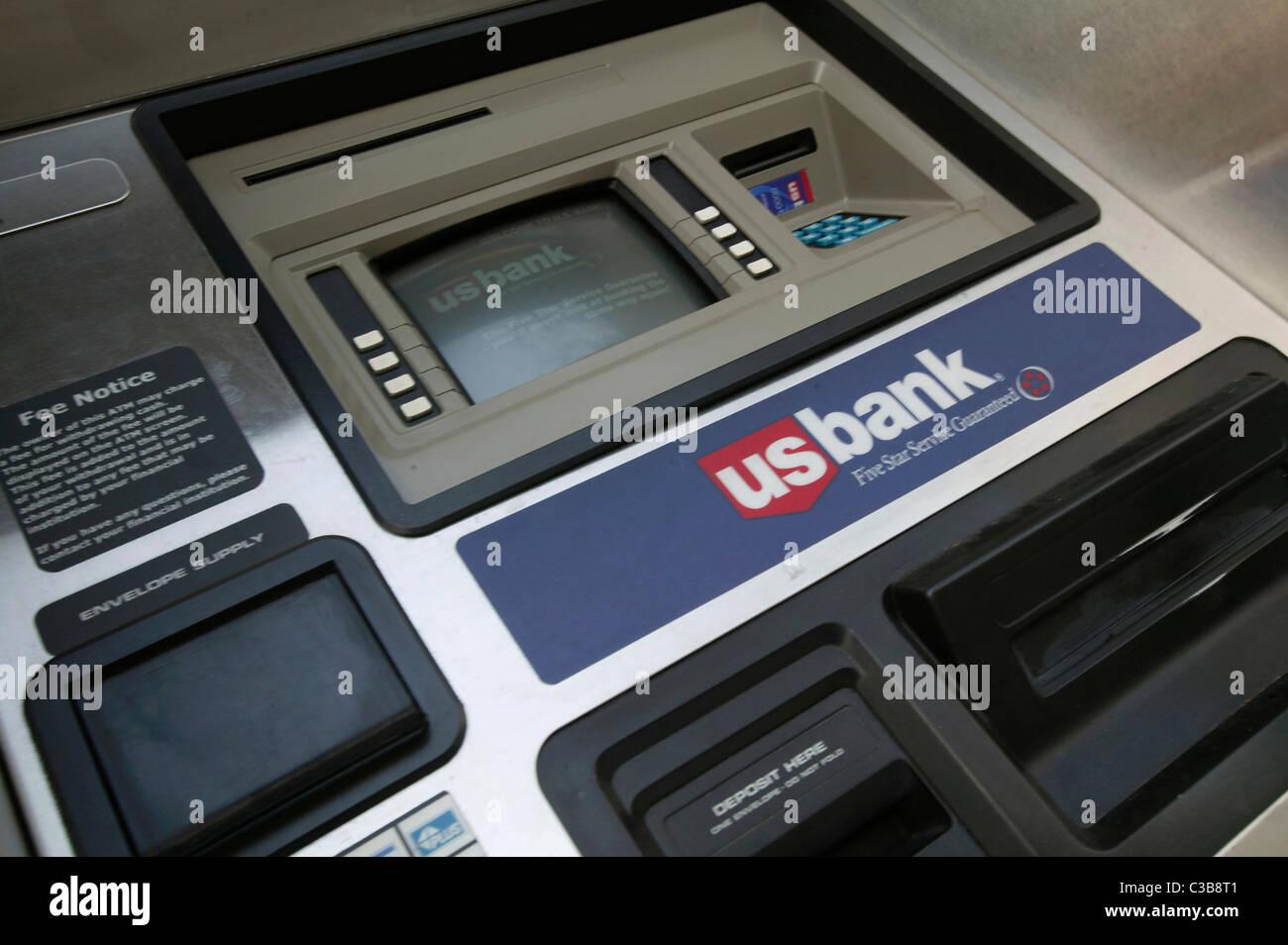 Seattle, WA  A US Bank ATM machine Stock Photo: 36513121 - Alamy