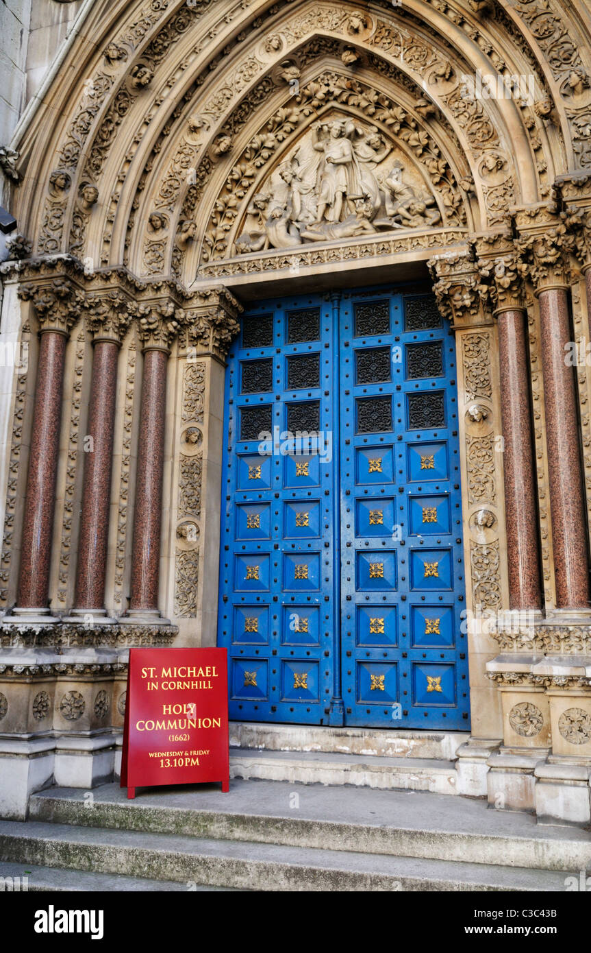 Entrance to Church of St Michael in Cornhill, Cornhill, London, England, UK - Stock Image