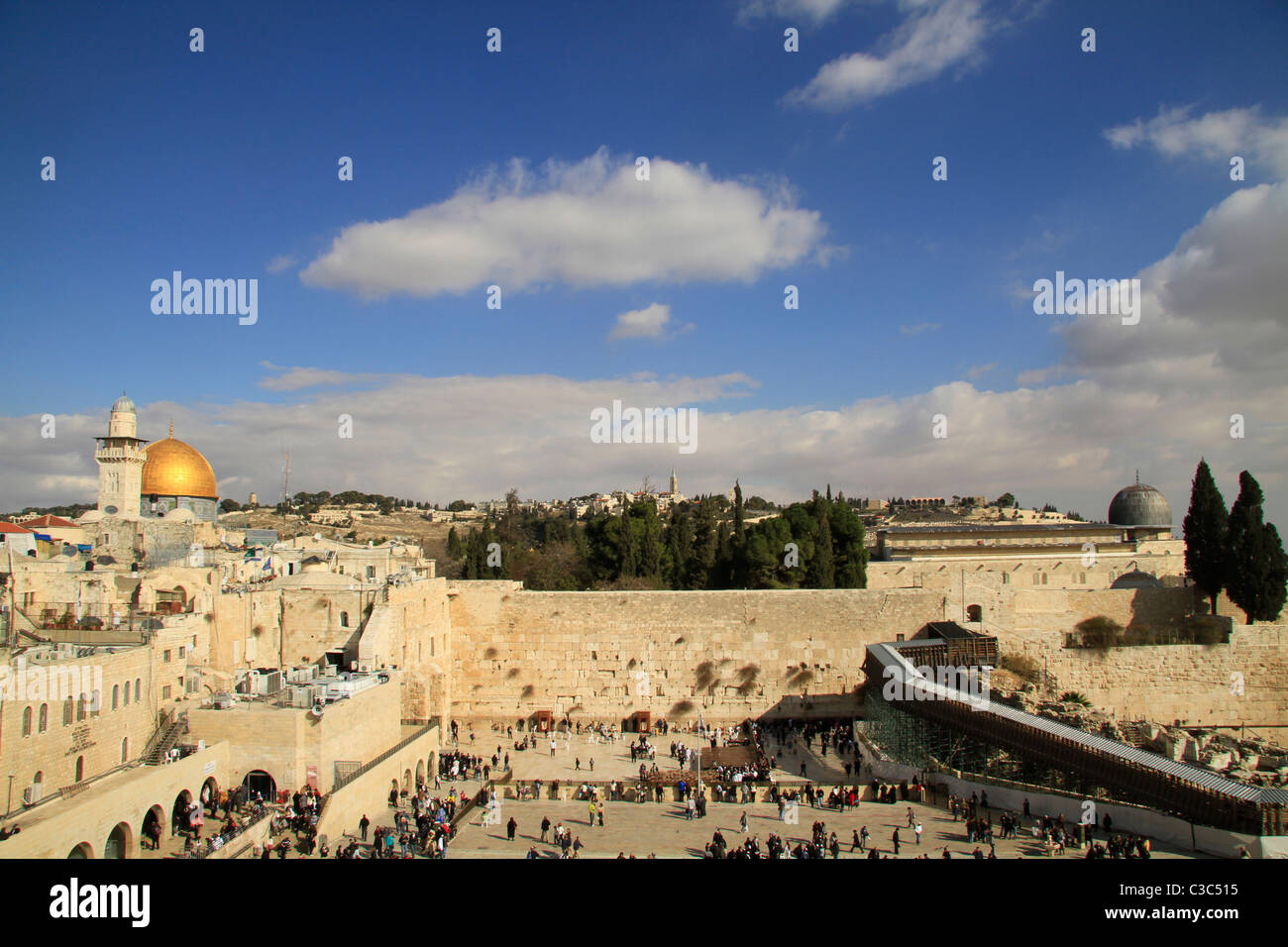 Israel, Jerusalem Old City, a view of Temple Mount from the Jewish Quarter - Stock Image