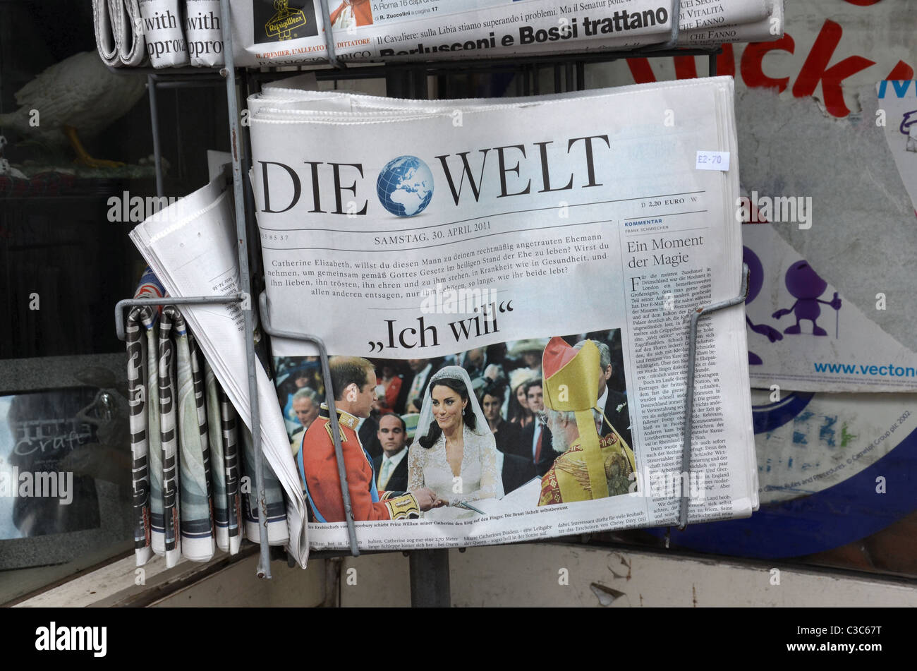 The royal wedding of Prince William and Kate Middleton as reported in the German newspaper 'Die Welt' - Stock Image