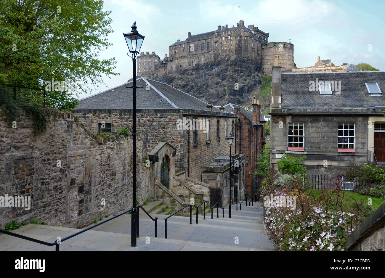 Edinburgh Castle photographed from The Vennel in the Old Town. Stock Photo