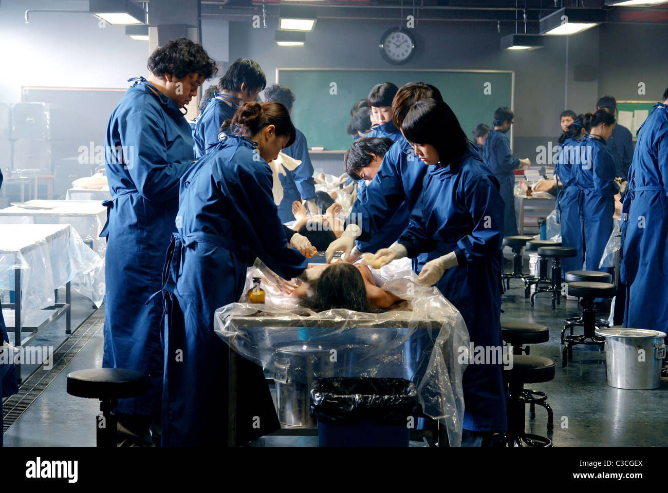 MEDICAL STUDENTS CADAVER (2009) - Stock Image
