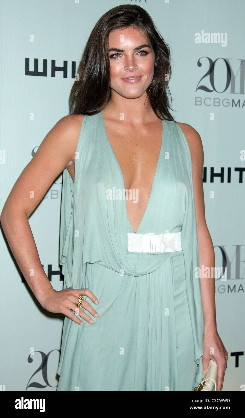 Hilary Rhoda 2009 Whitney Contemporaries Art Party and Auction at ...