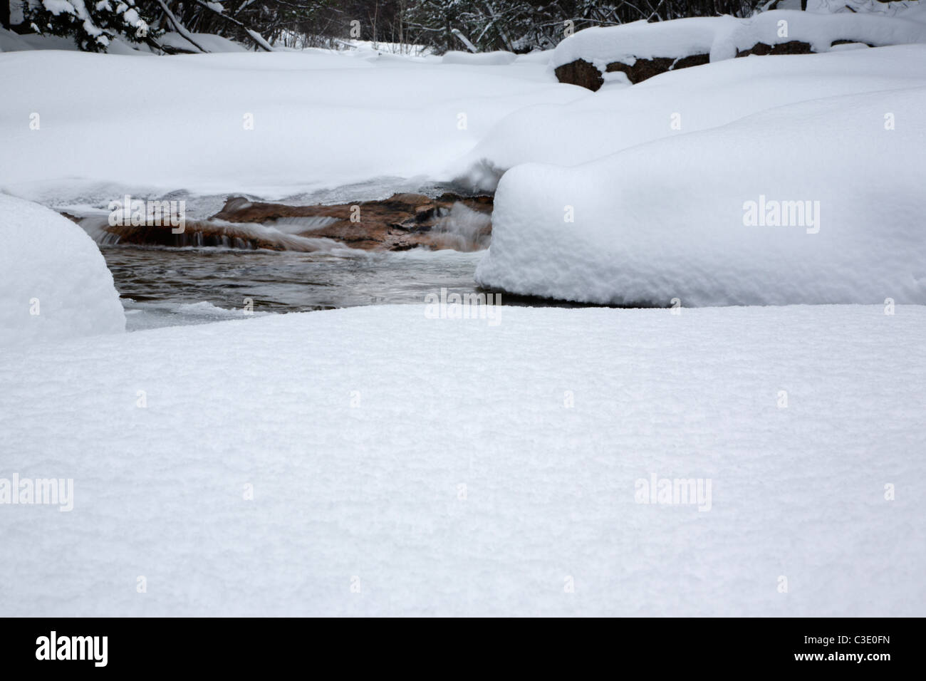 Otter Rocks day use area during the winter months. Located along the Kancamagus Highway (route 112) in New Hampshire Stock Photo