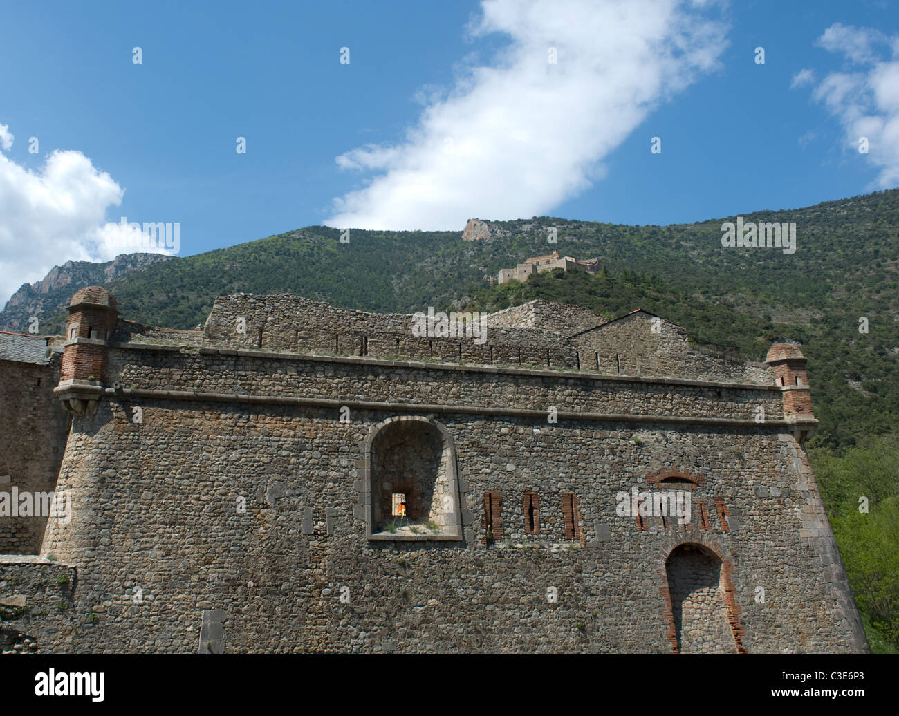 Vauban's fortification of the village Villefranche-de-Conflent: in Roussillon with Fort Liberia - Stock Image