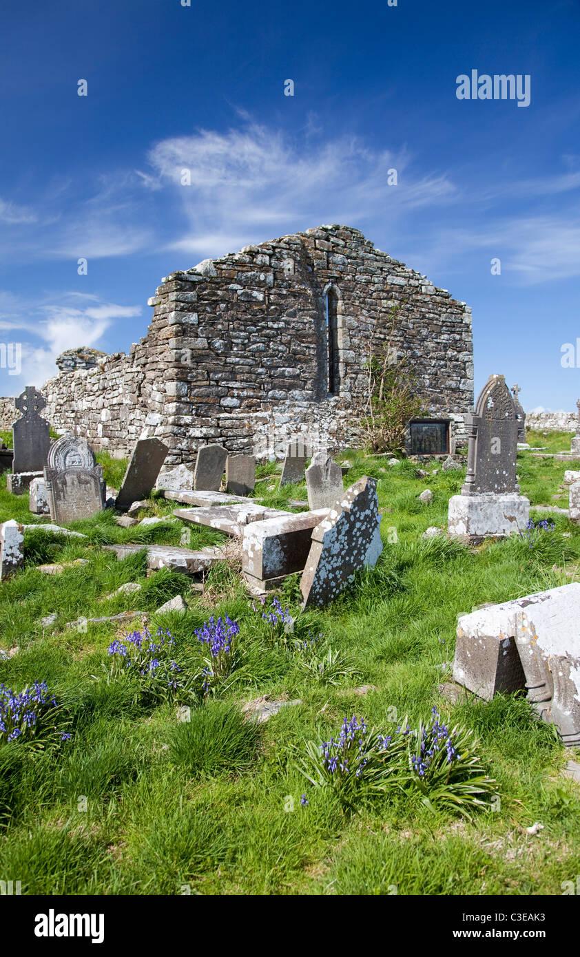 Old church and graveyard, Aughris, County Sligo, Ireland. - Stock Image