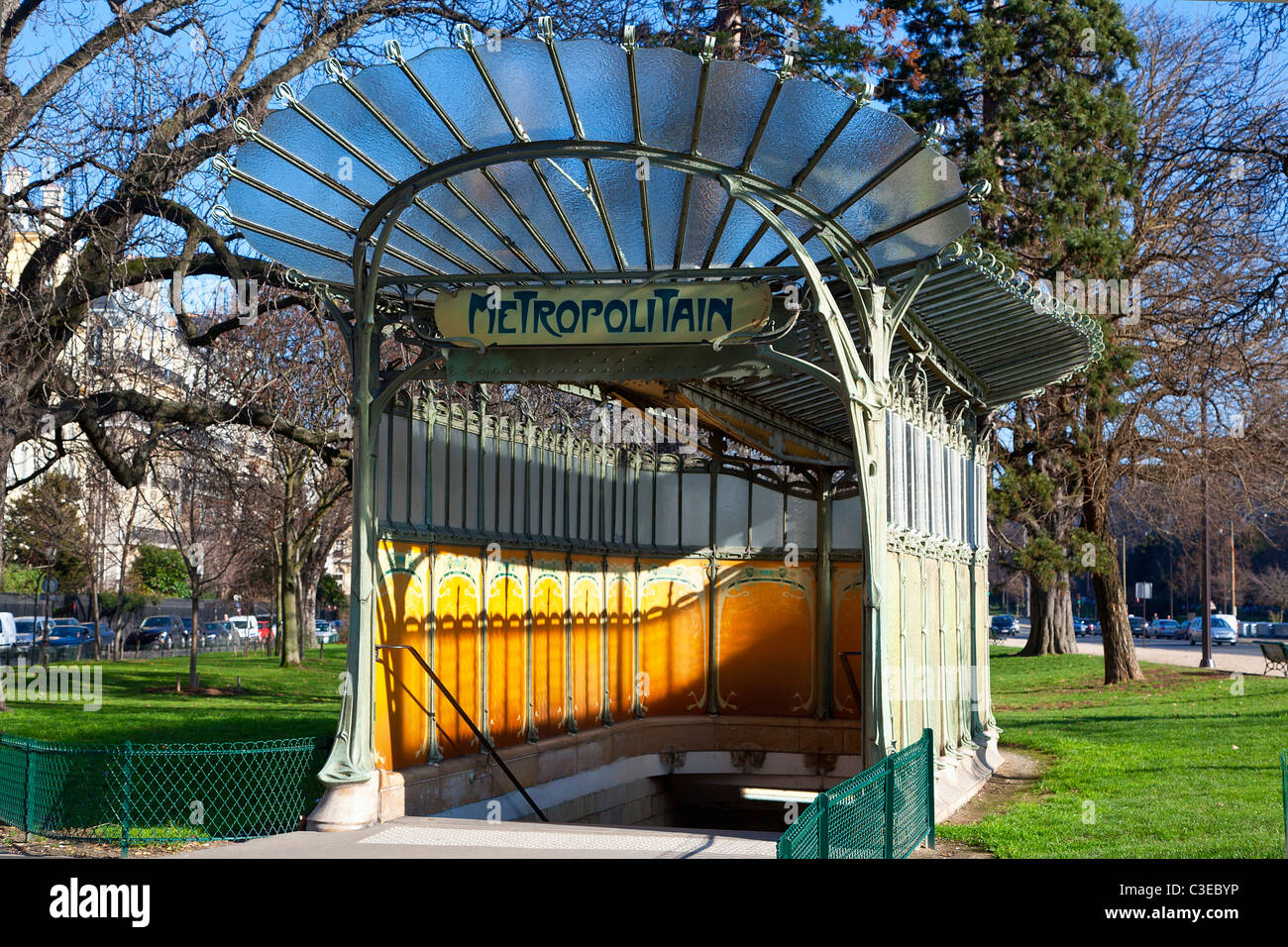 Paris, Metro Porte Dauphine by Hector Germain Guimard - Stock Image