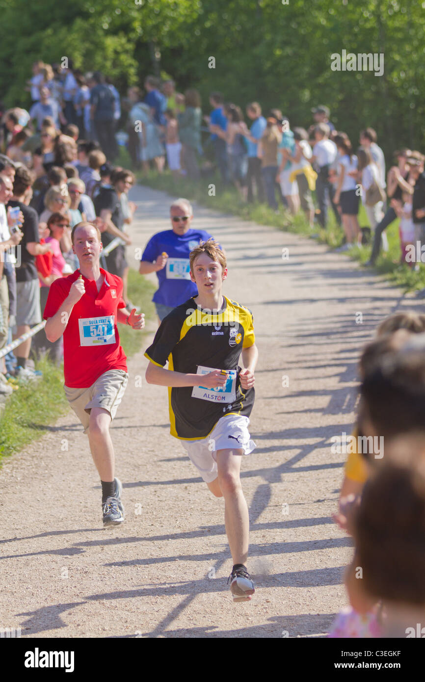 11.060 participants of 790 teams  take  part in Academic relay race 'Sola run' held in Zurich area for the - Stock Image