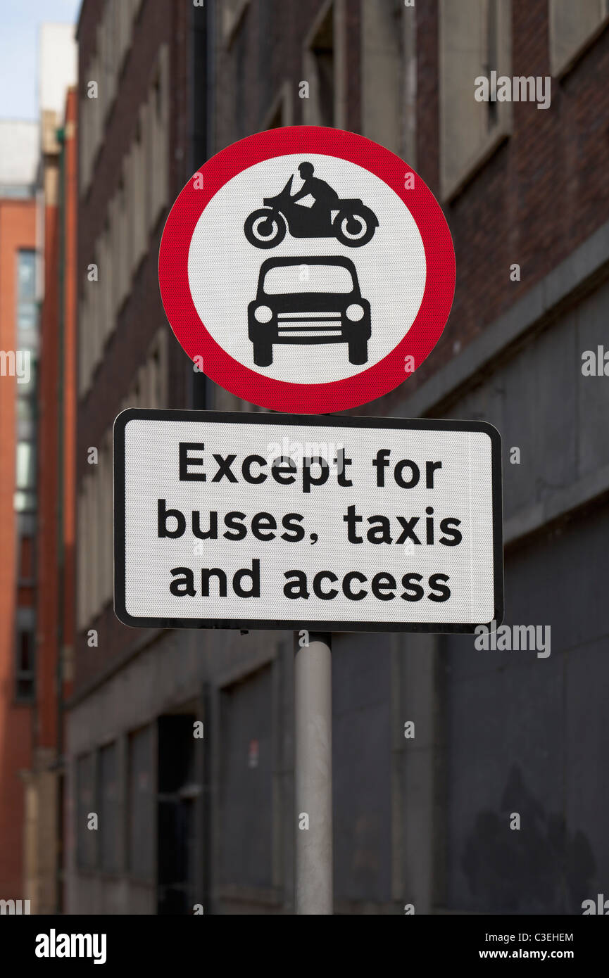 No access to motor vehicles road sign, England - Stock Image