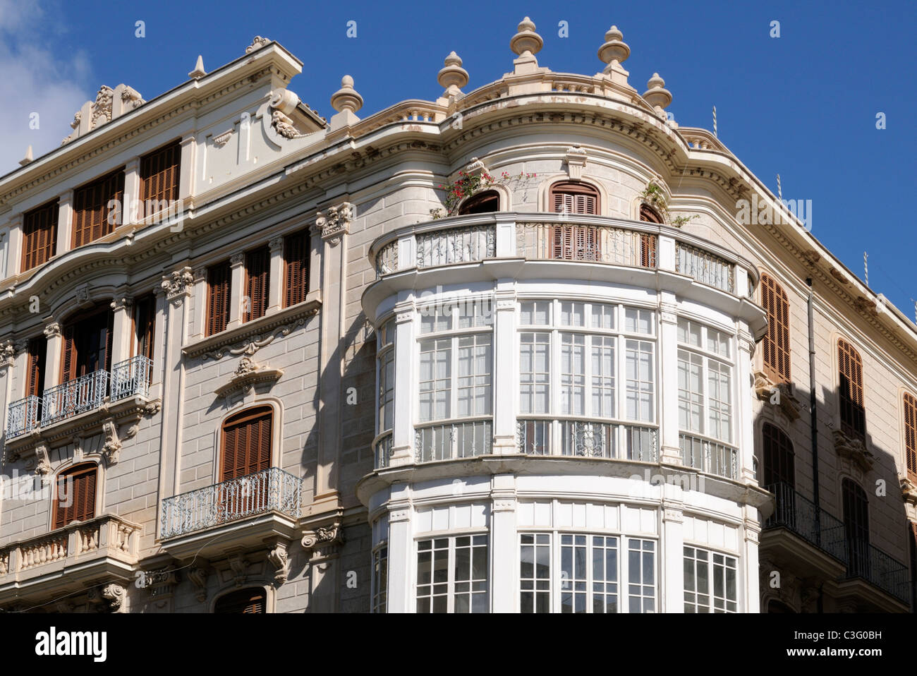 Gebäude mit Erkerfenster in Palma, Mallorca, Spanien, Europa. - Building with bay window in Palma, Majorca, - Stock Image