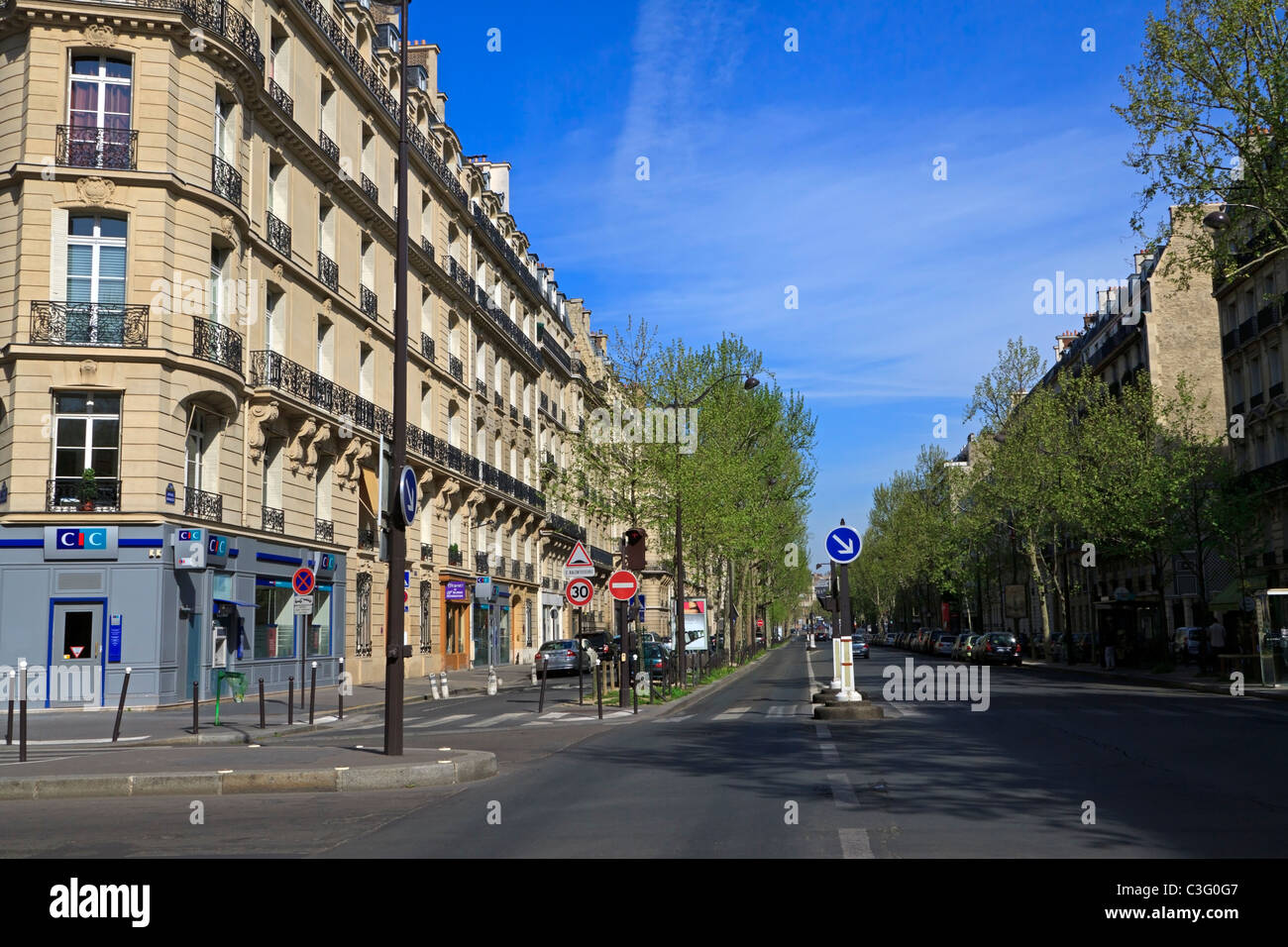 A typical avenue in Paris in the 7th Arrondissement - Stock Image