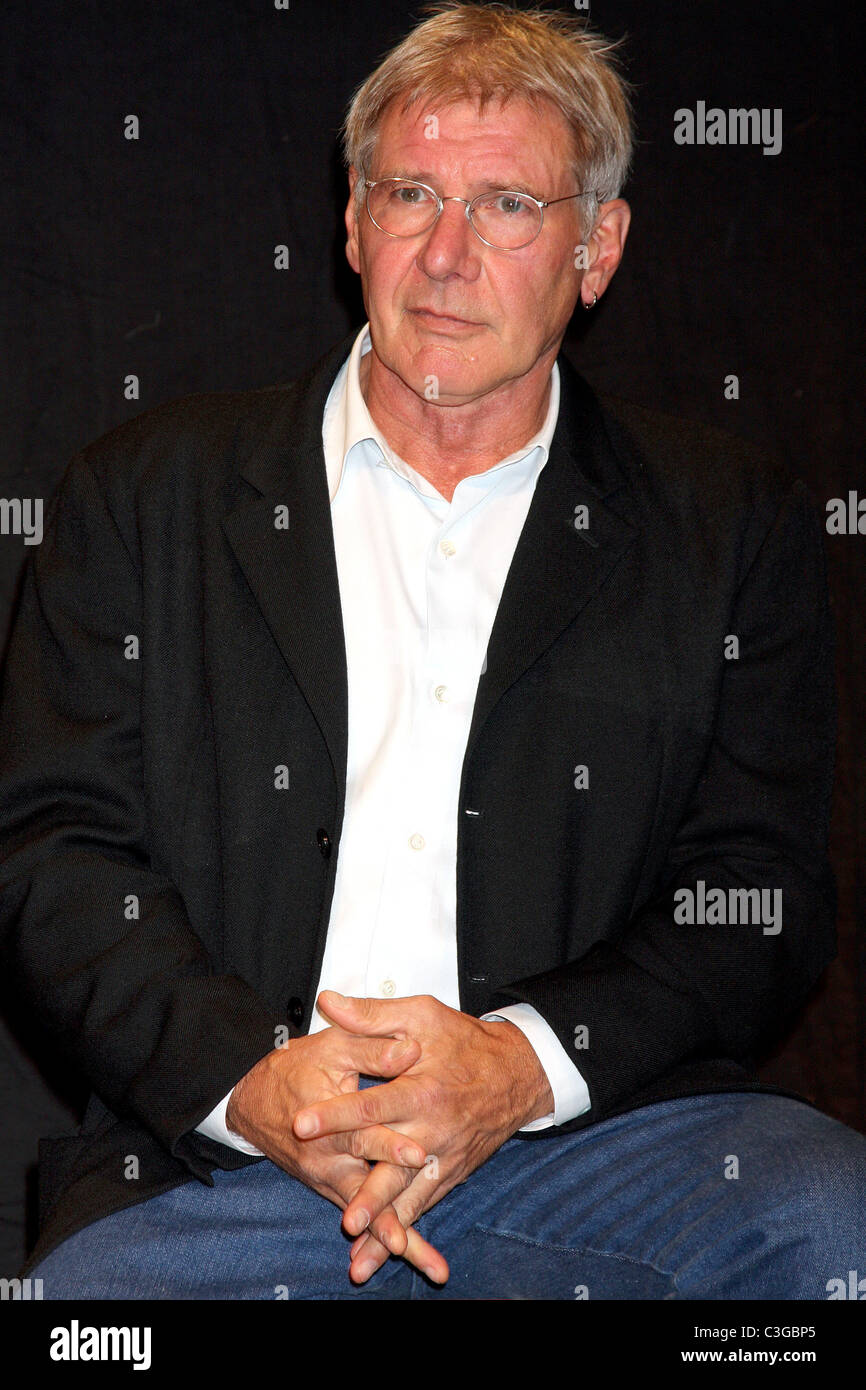 Harrison Ford Eaa Young Eagles Press Conference At Santa Monica Stock Photo Alamy