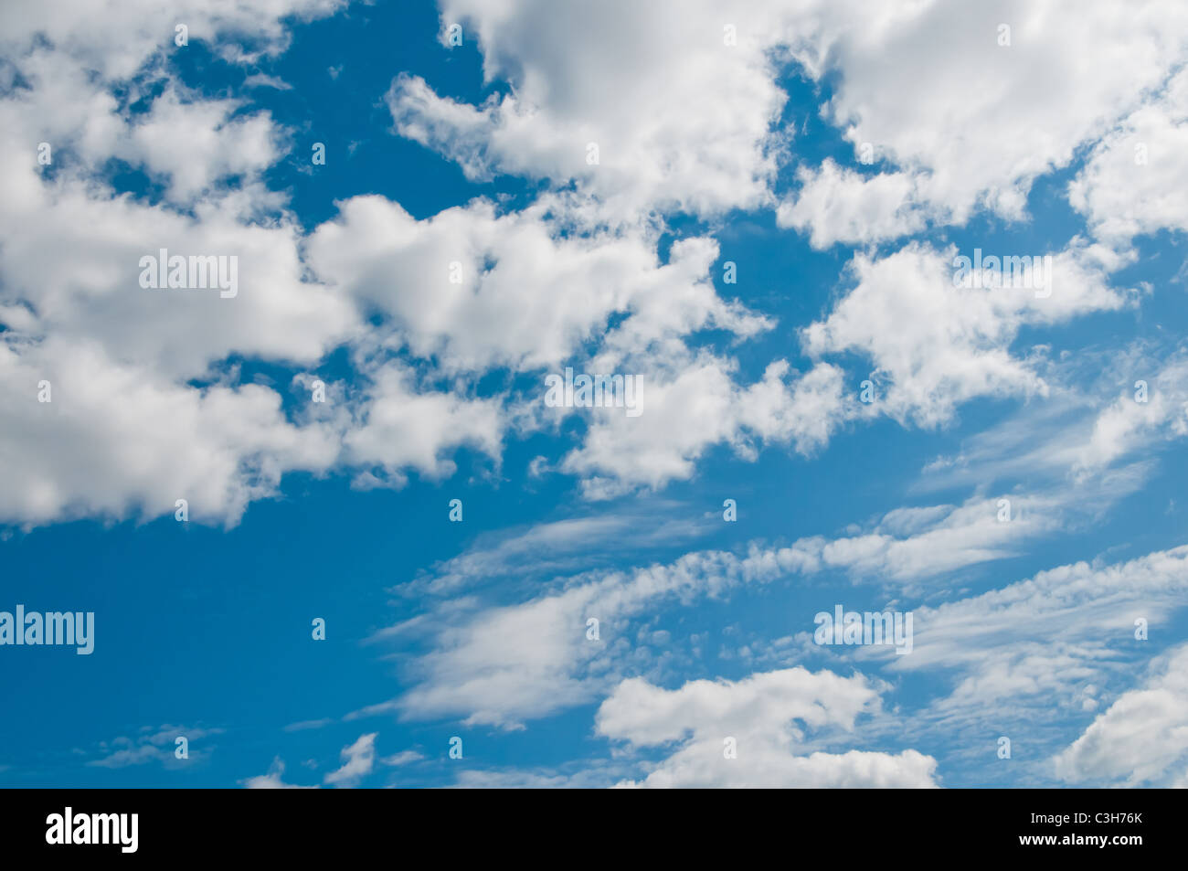 Background abstract: blue sky and clouds - Stock Image