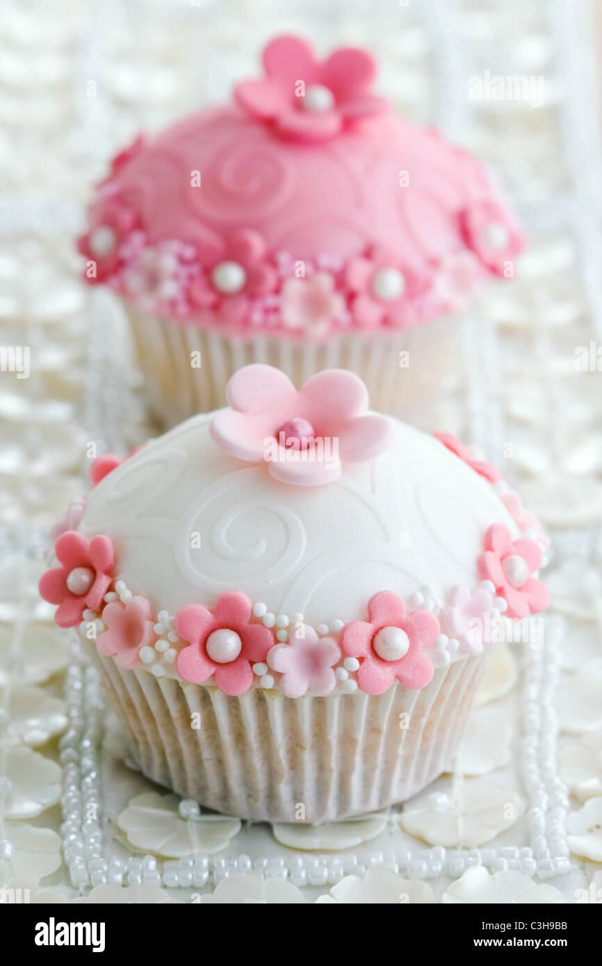 Wedding Cakes Stock Photos & Wedding Cakes Stock Images - Alamy