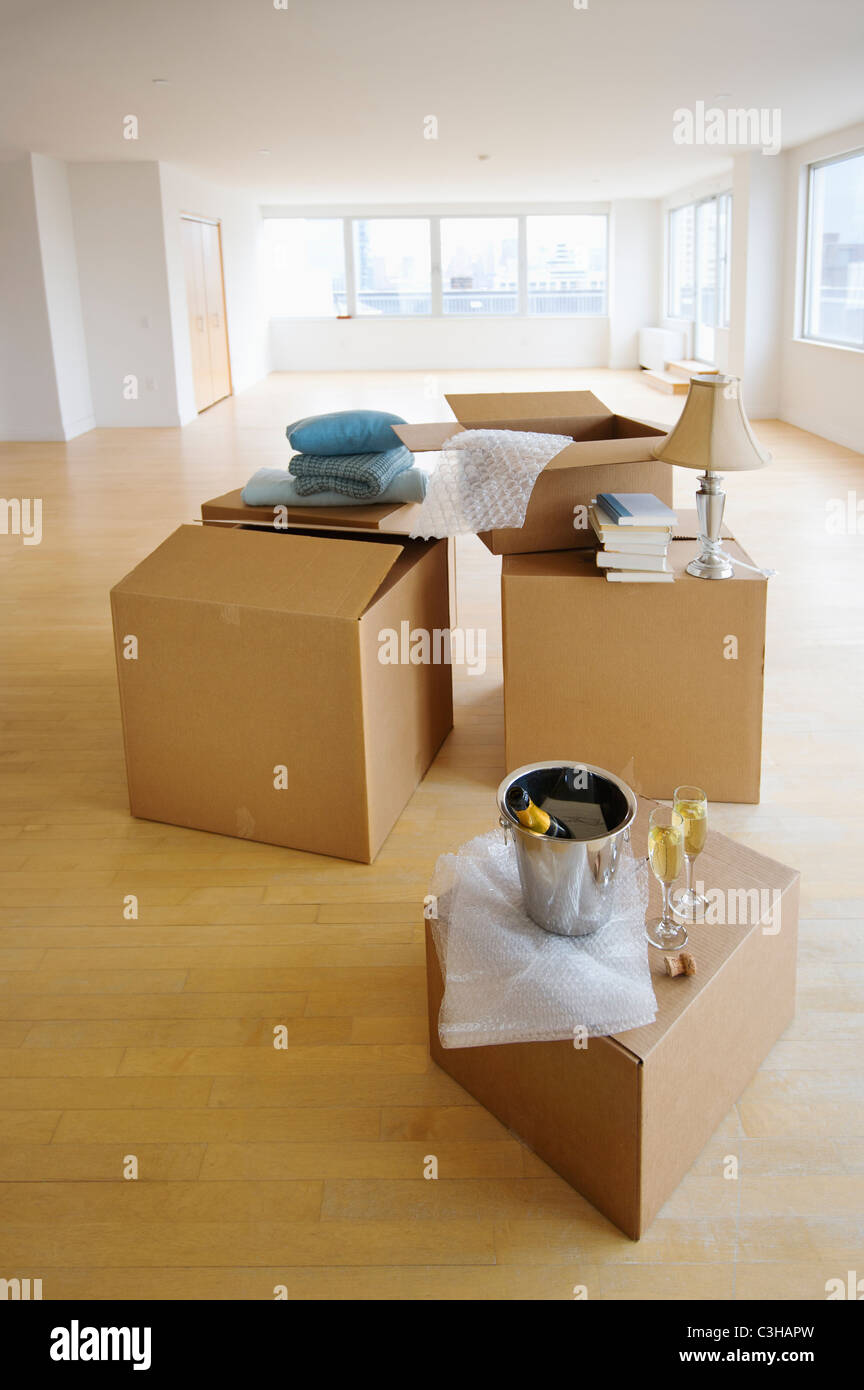 Close up of apartment during relocation - Stock Image