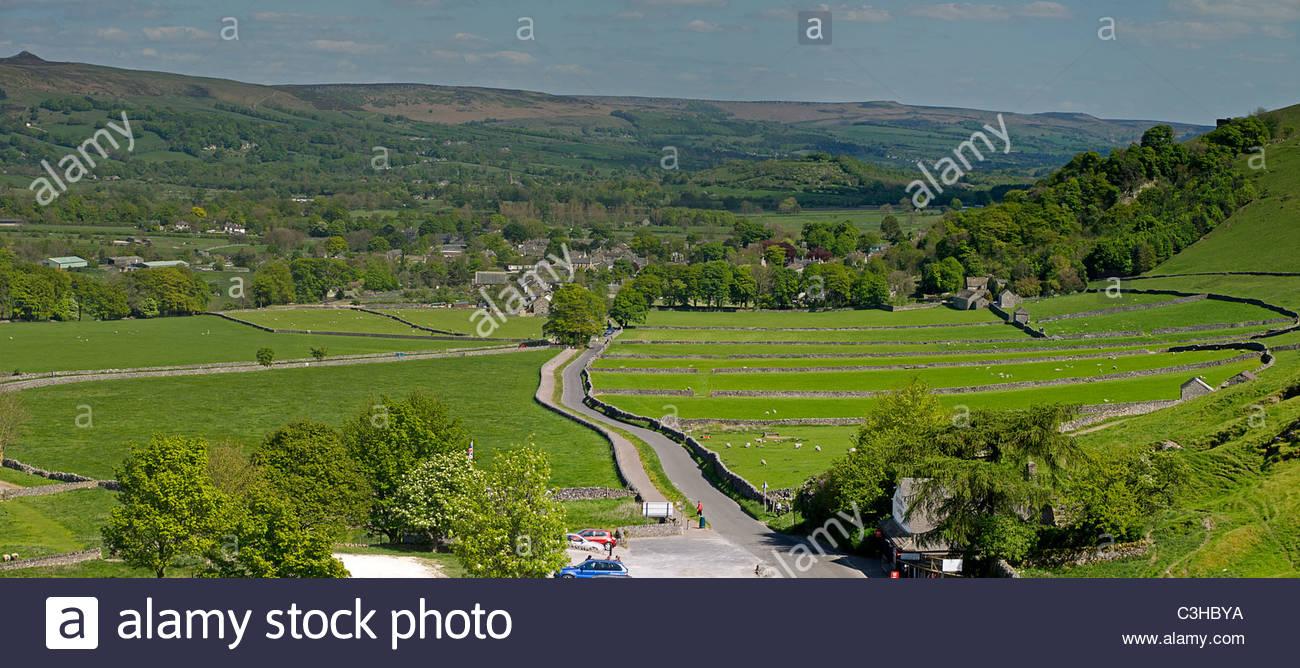 Castleton from Hope Valley Derbyshire Peaks - Stock Image