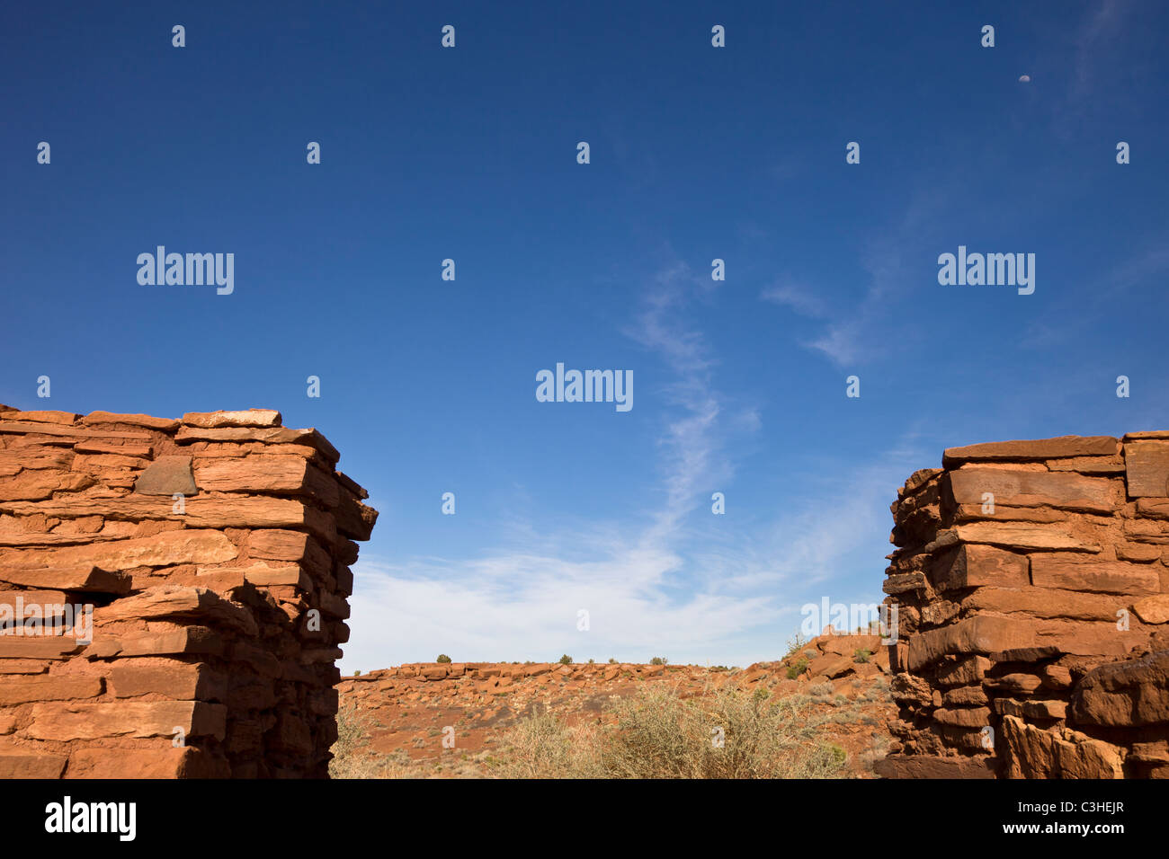 Masonry walls of ballcourt at Wupatki Pueblo, Wupatki National Monument, Arizona, USA. - Stock Image