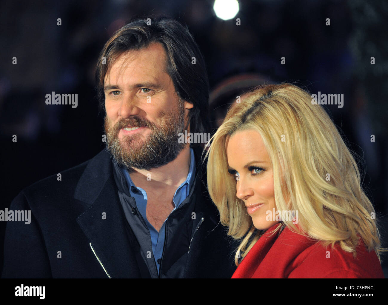 Christmas Carol Jim Carrey.Jim Carrey And Jennifer Mccarthy A Christmas Carol World