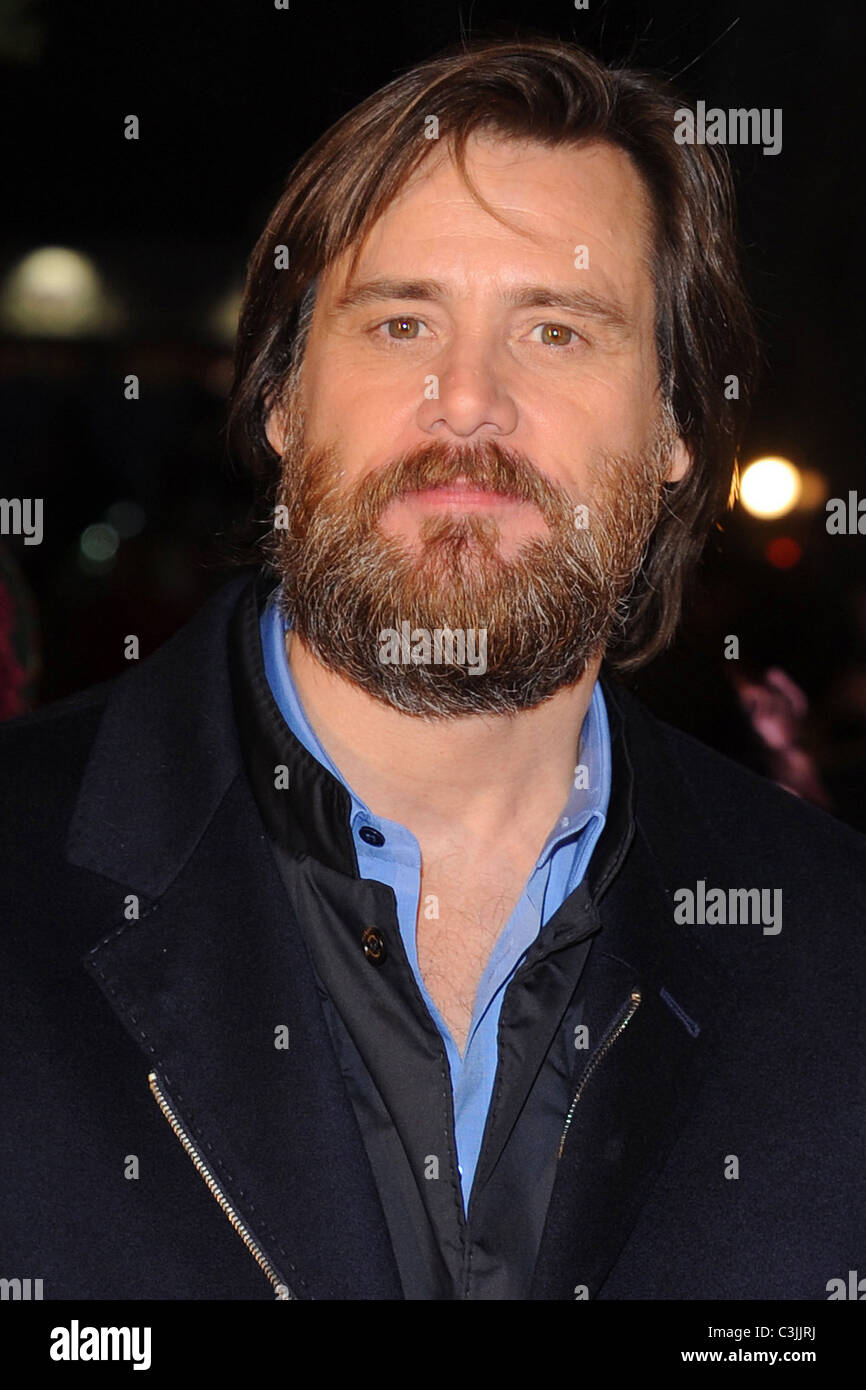 Jim Carrey World premiere of \'A Christmas Carol\' held at Leicester ...