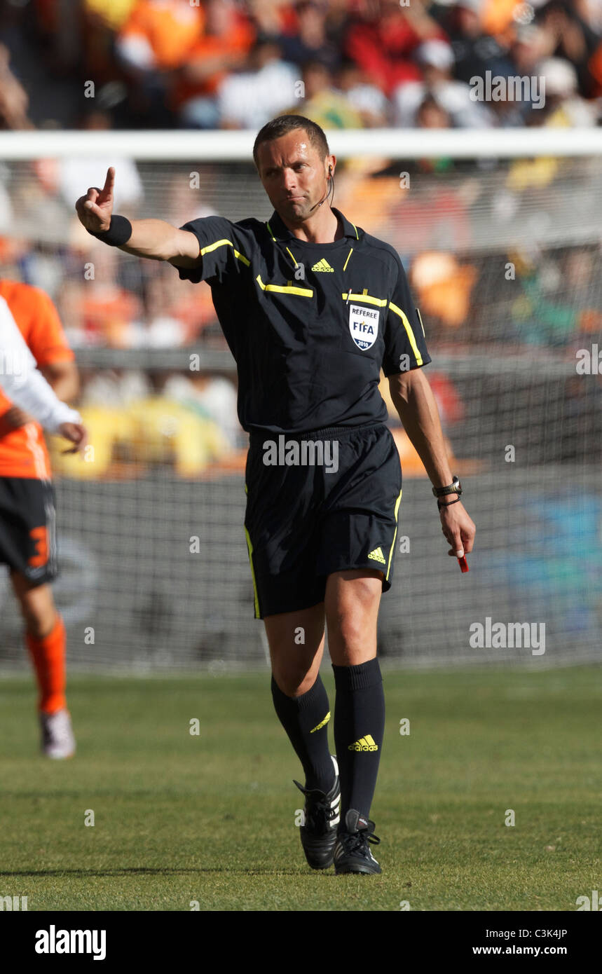 Referee Stephane Lannoy gestures to a dissenting player during a World Cup Group E match between the Netherlands - Stock Image