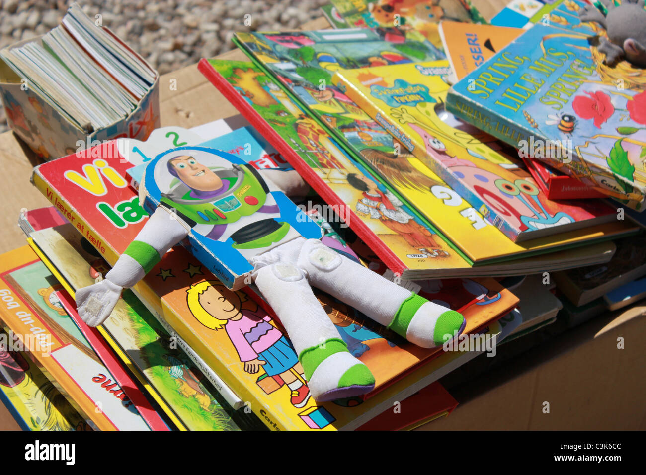 Second hand children´s books on a flea market - Stock Image