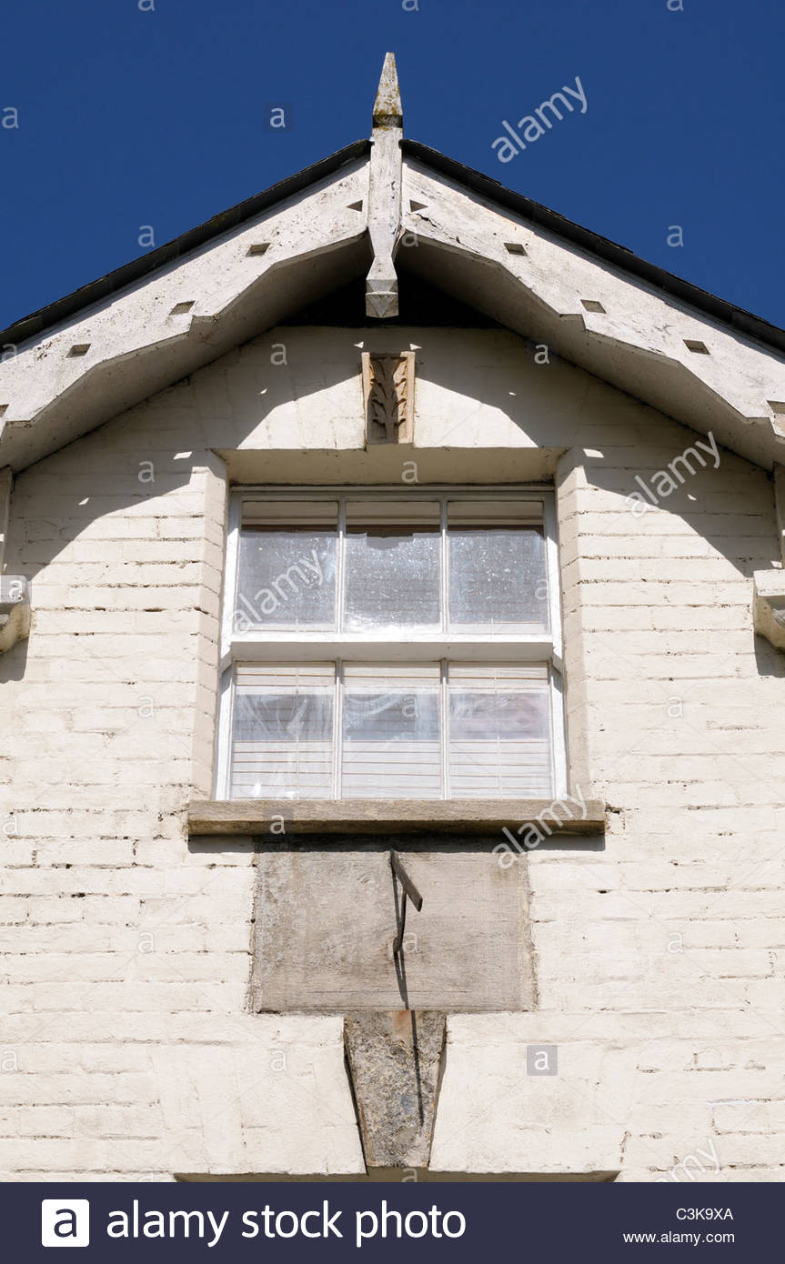 House gable with fancy fascias, Sturminster Newton, Dorset England - Stock Image