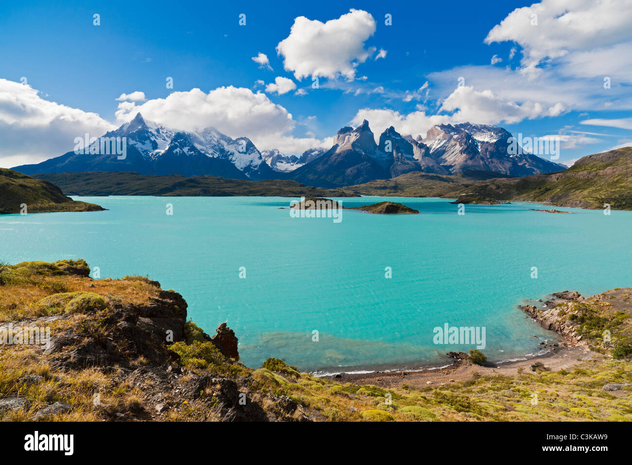 Patagonia South America >> South America Chile Patagonia View Of Cuernos Del Paine