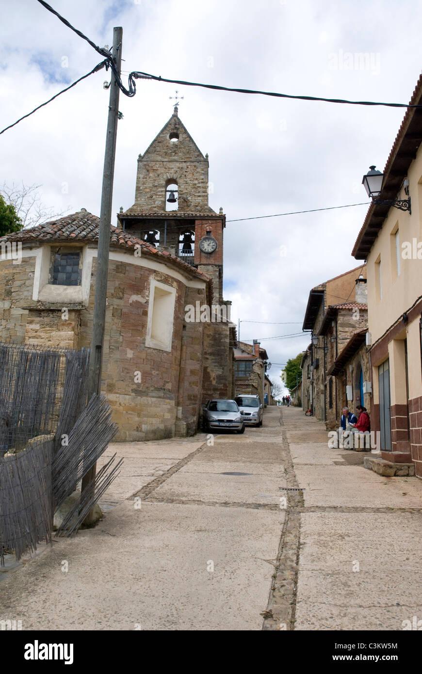Rural village along the pilgrimage route, Camino de Santiago, Northern Spain - Stock Image
