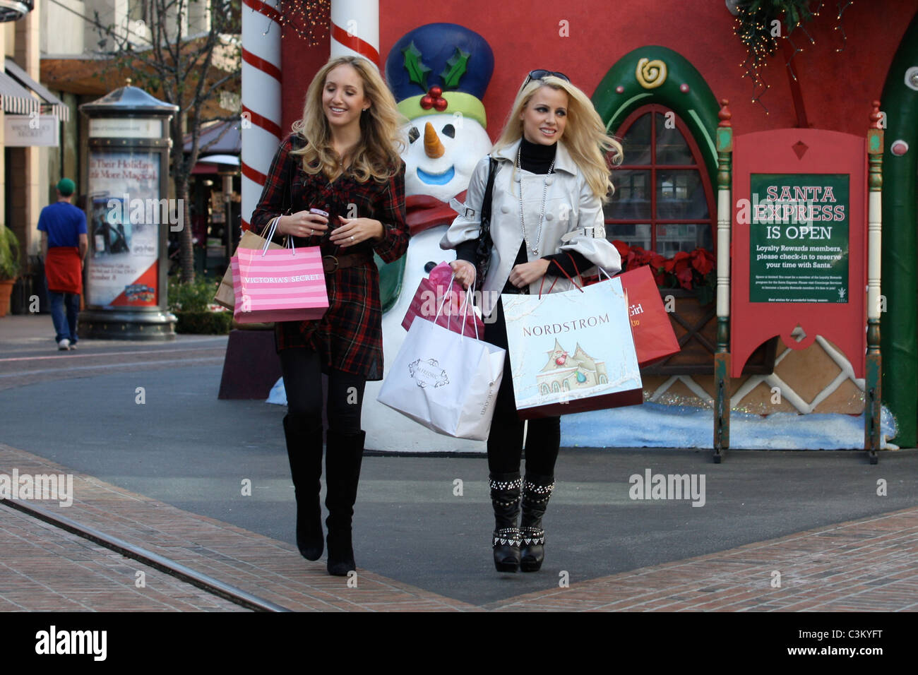 fc6efc2b Elizabeth Hilfiger, the daughter of fashion designer Tommy Hilfiger,  Christmas shopping with a friend Hollywood, California -