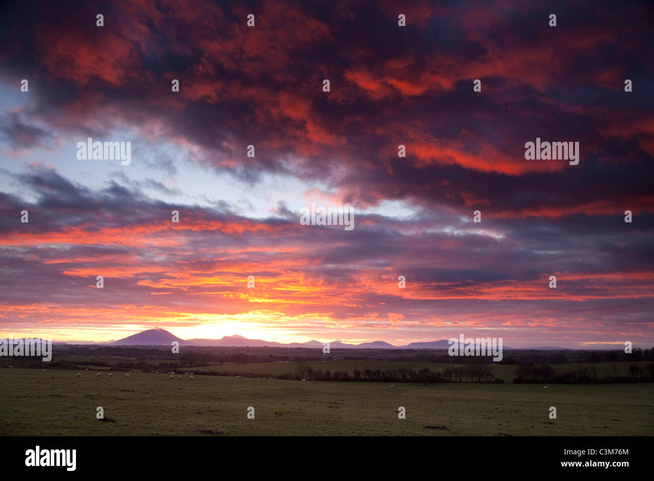 Sunset over the Nephin Beg Mountains, County Sligo, Ireland. - Stock Image