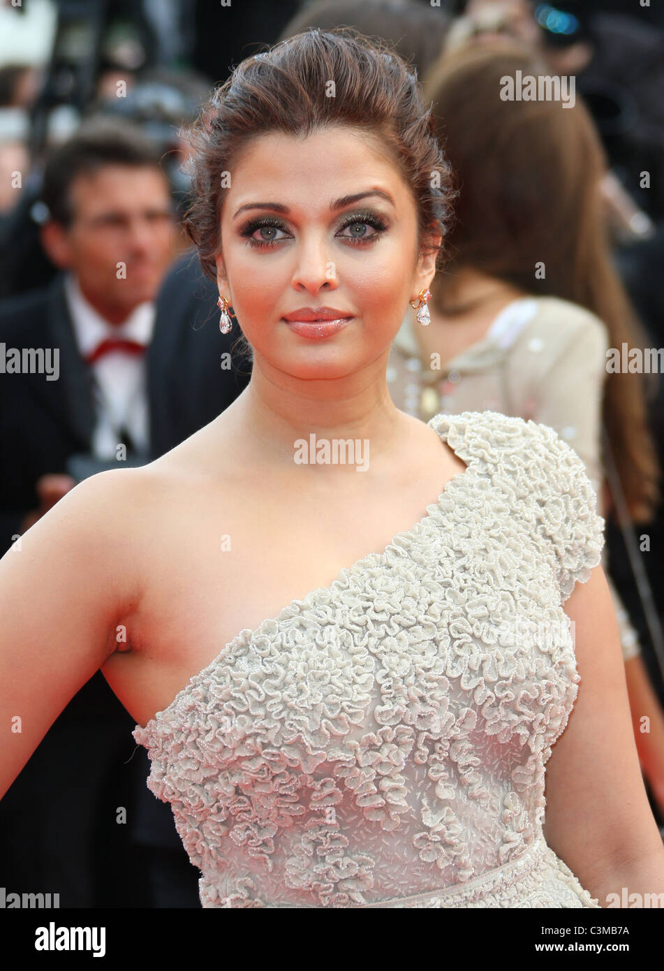 Aishwarya rai 11 advise to wear for everyday in 2019