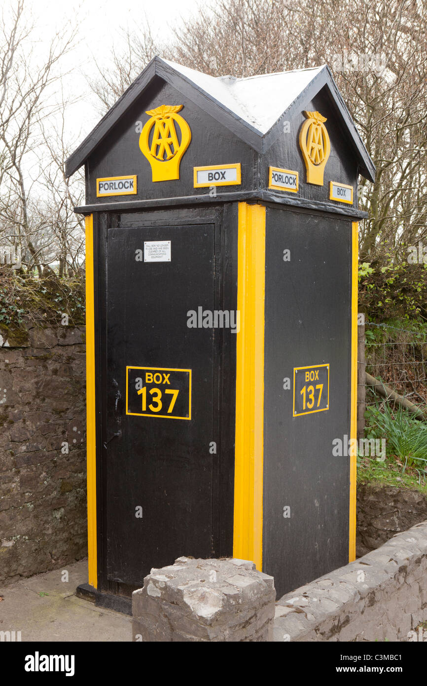 Traditional AA Automobile Association emergency telephone box on Exmoor at the top of Porlock Hill, Porlock, Somerset - Stock Image