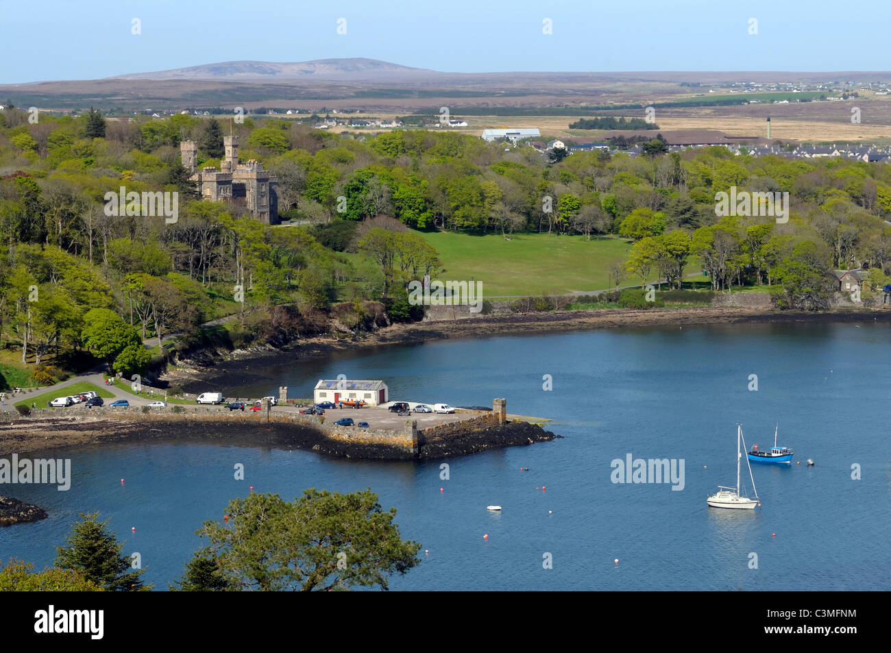 Lews Castle and Cuddy point in Stornoway - Stock Image