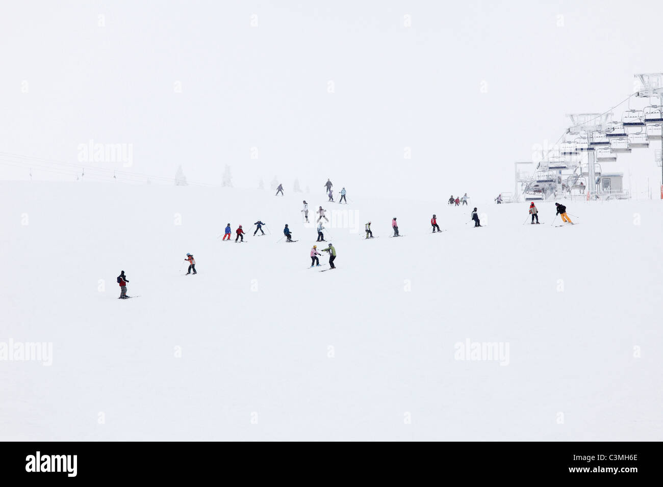 Austria, Lower Austria, Mostviertel, People skiing in hochkar ski-region Stock Photo