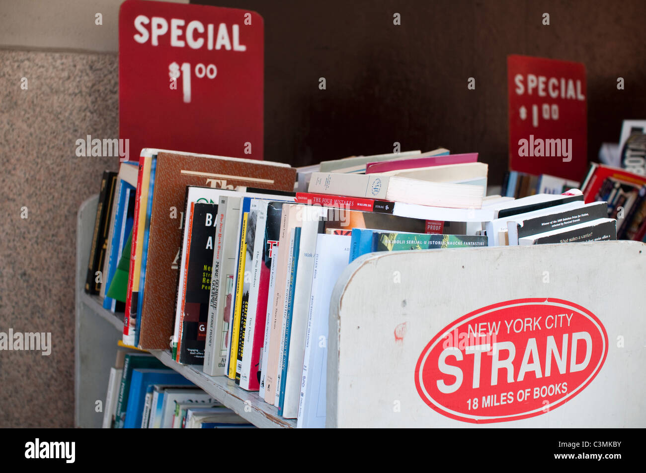 $1 books for sale at the Strand bookshop in the East Village in New York City. - Stock Image