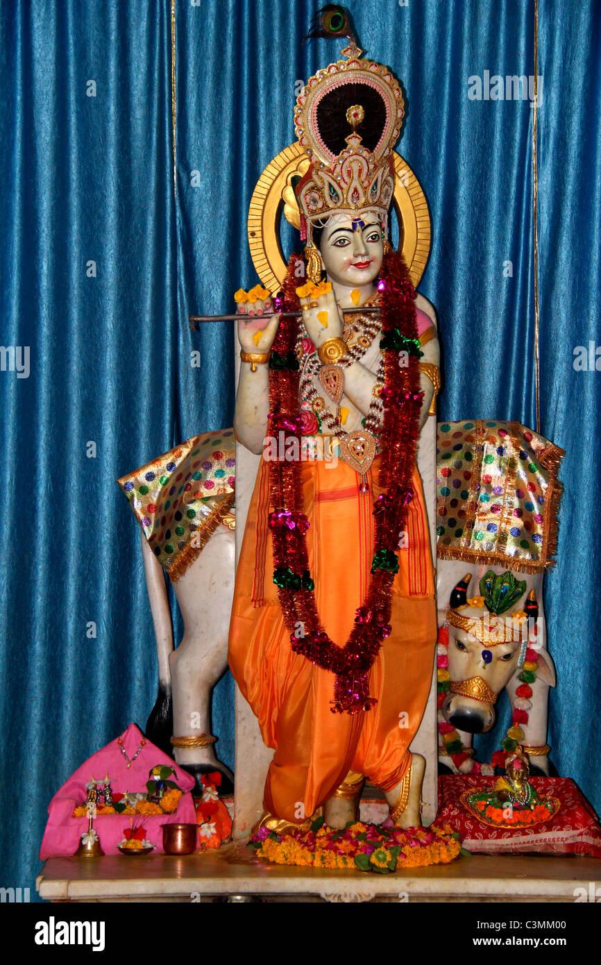 statue of lord krishna C3MM00