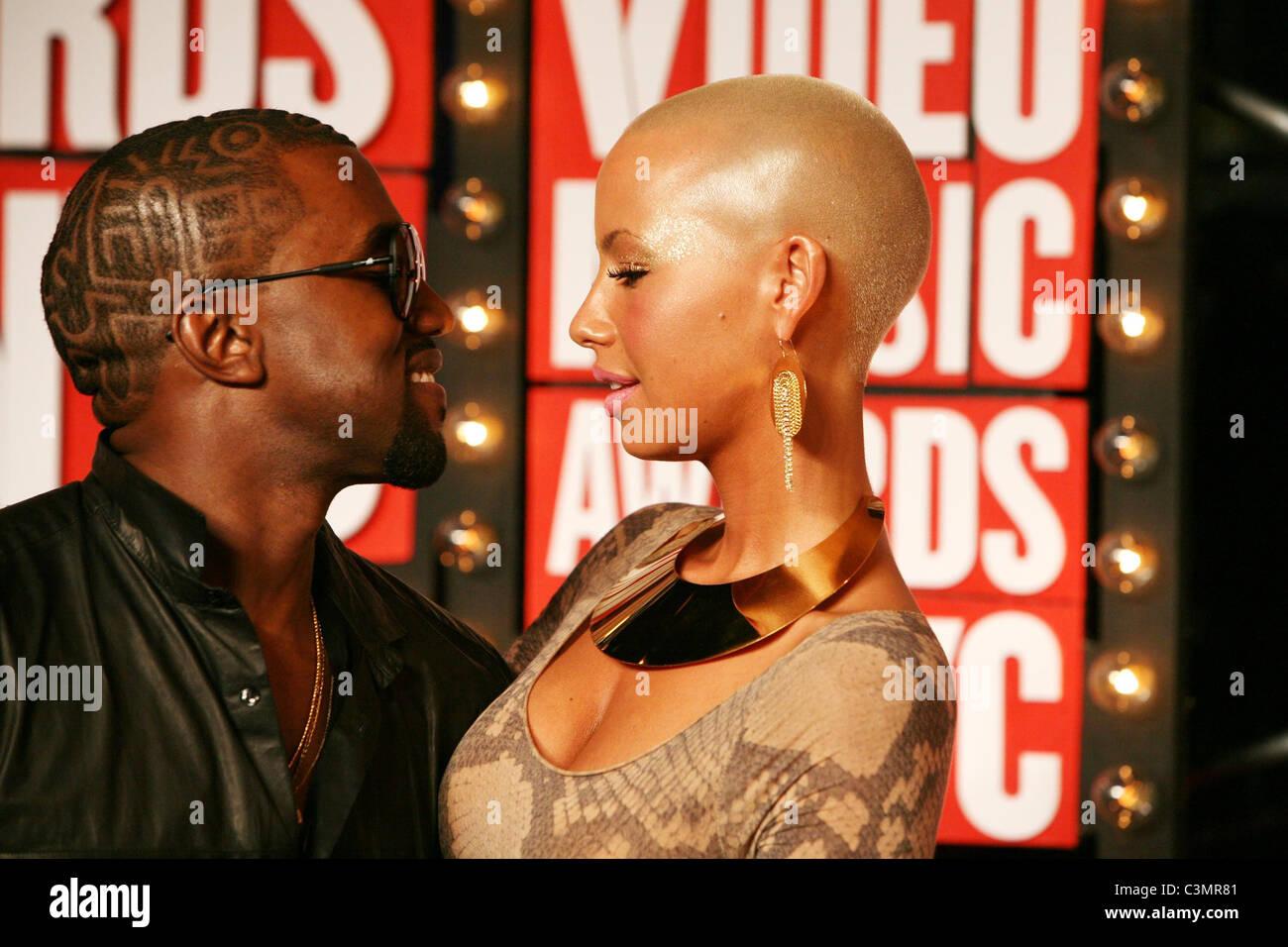 Amber Rose Kanye West Vma