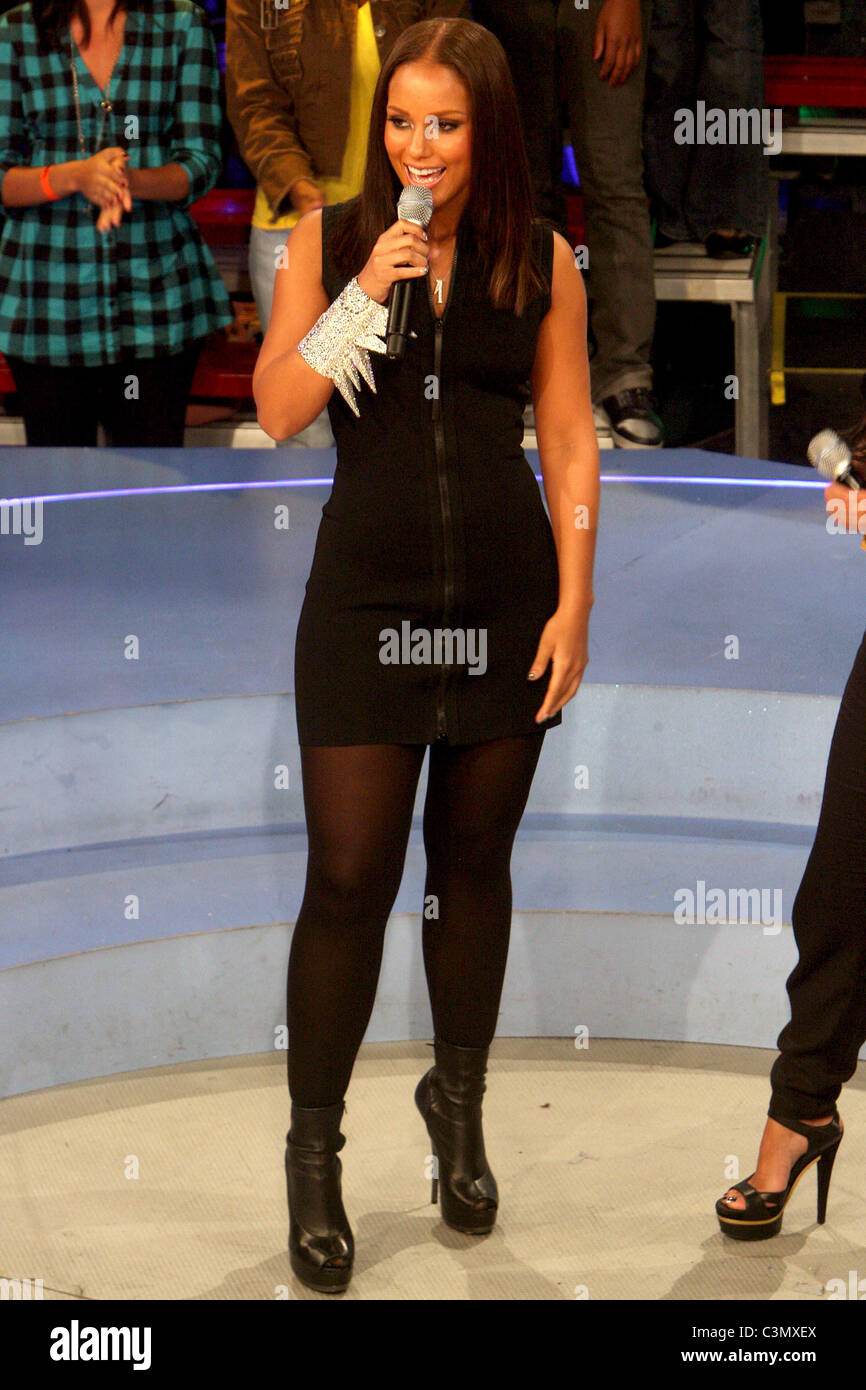 Join. alicia keys in pantyhose directly. think