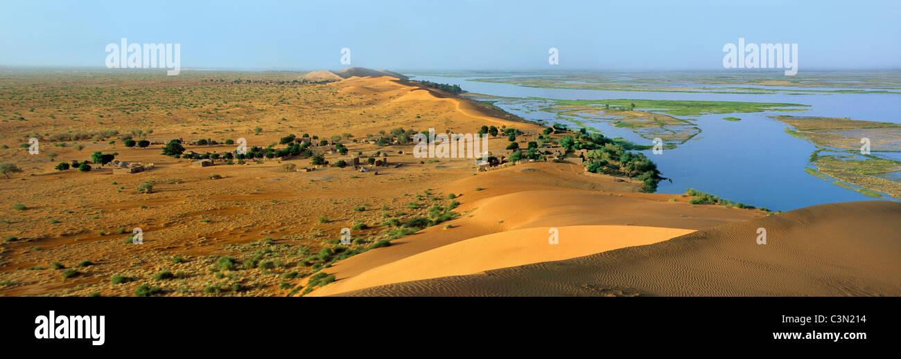 Mali, near Gao, Niger river in rainy season. Border of Sahara desert. View from Dune Rose. - Stock Image