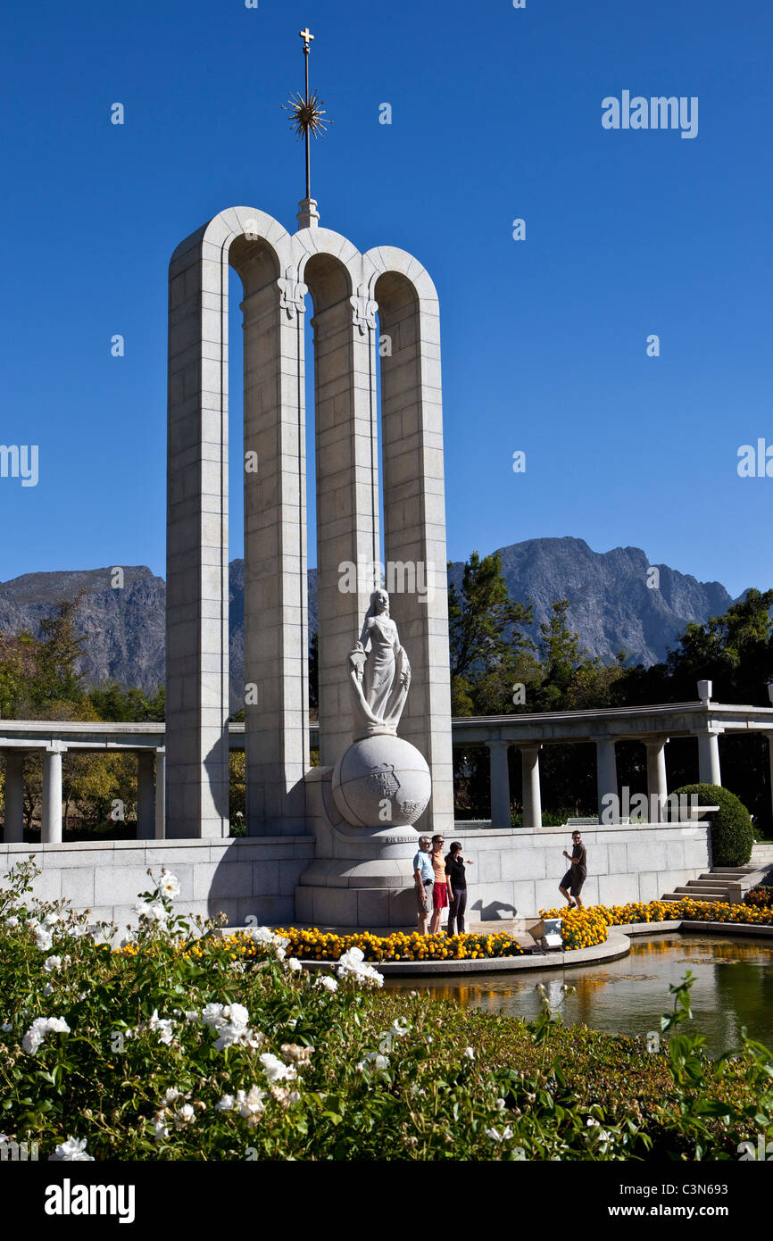 South Africa, Western Cape, Franschhoek, Huguenot Monument. - Stock Image