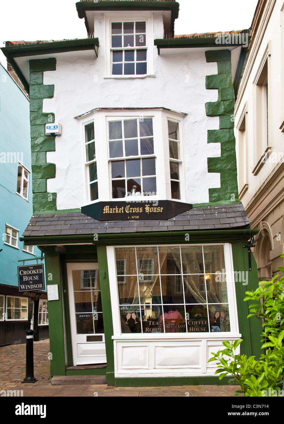 The Crooked House in Market Street a narrow cobbled backstreet in Windsor, Berkshire, England, UK - Stock Image