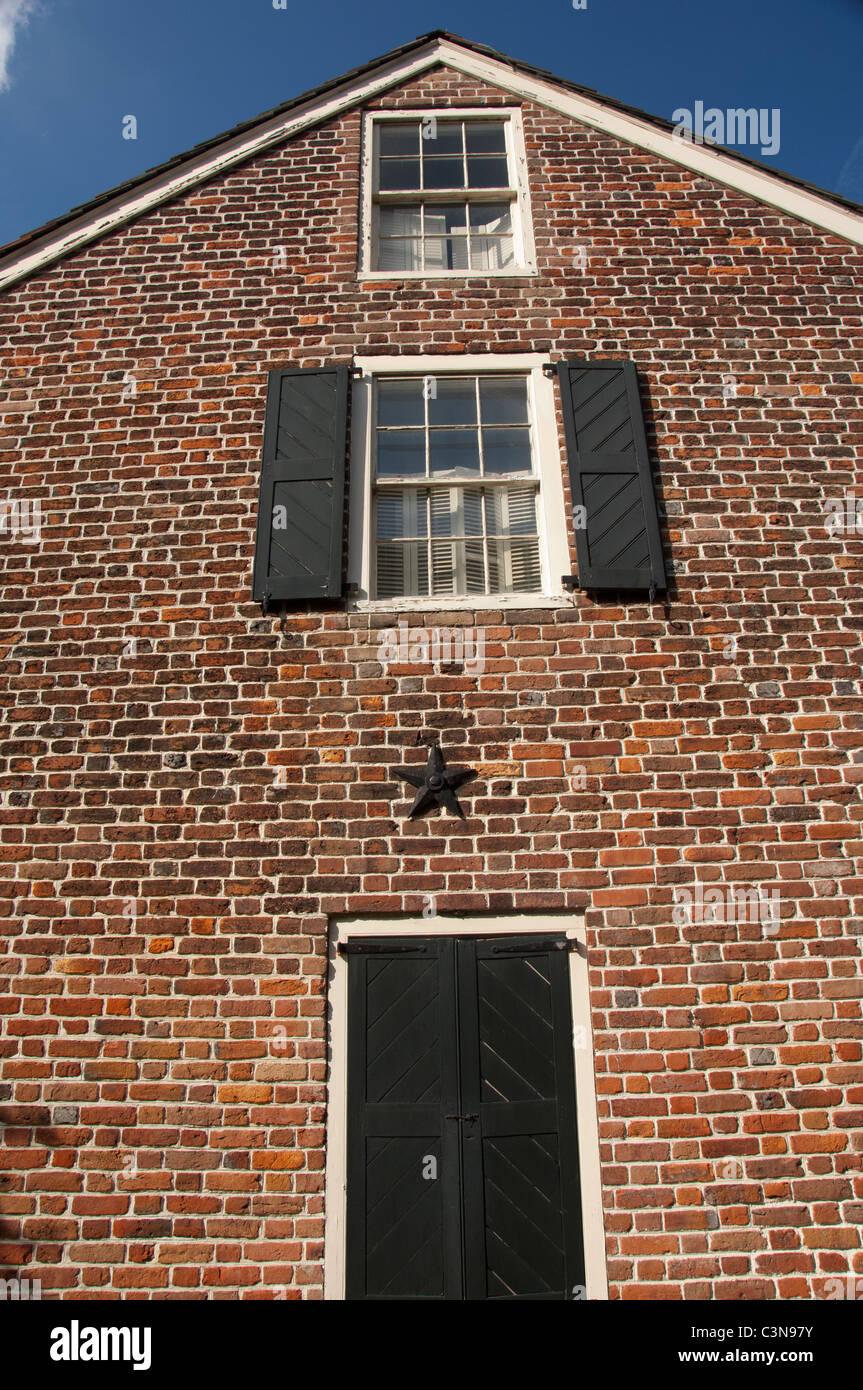 Virginia, Norfolk. Historic Moses Myers House museum, 323 E. Freemason St., c. 1792. - Stock Image