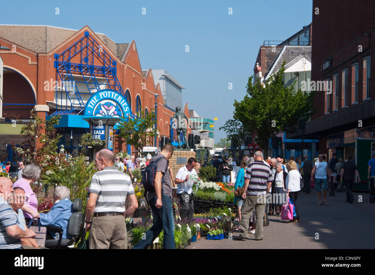 Stoke-on-Trent City centre with the Potteries shopping centre in the background. Staffordshire, UK - Stock Image