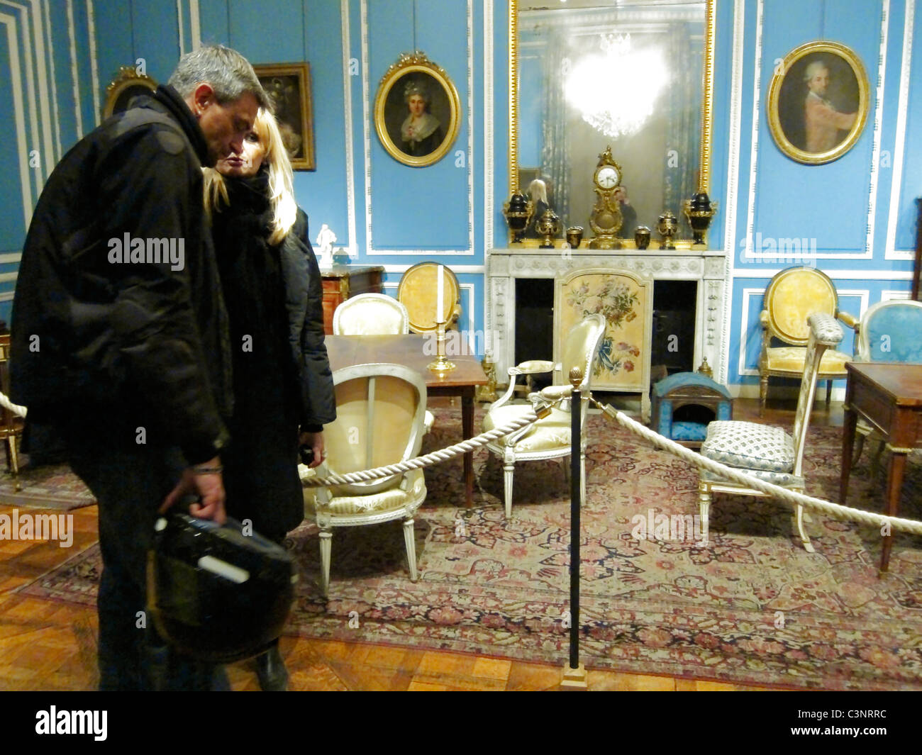 Paris, France, Couple Visiting 'Musee Carnavalet', 'Musee de l'Histoire', City of Paris Museum, - Stock Image
