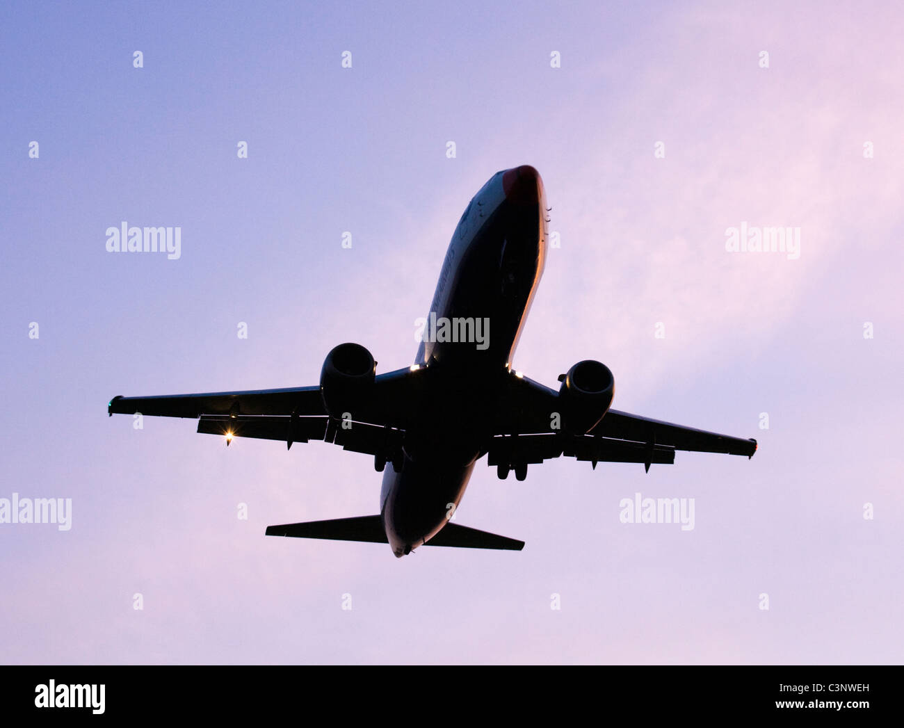Aircraft about to land. - Stock Image