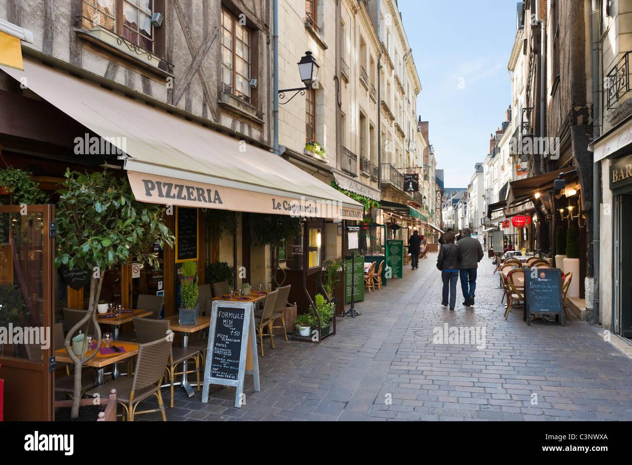 Restaurants on Rue de la Rotisserie near Place Plumereau in the old quarter of the city, Tours, Indre et Loire, - Stock Image
