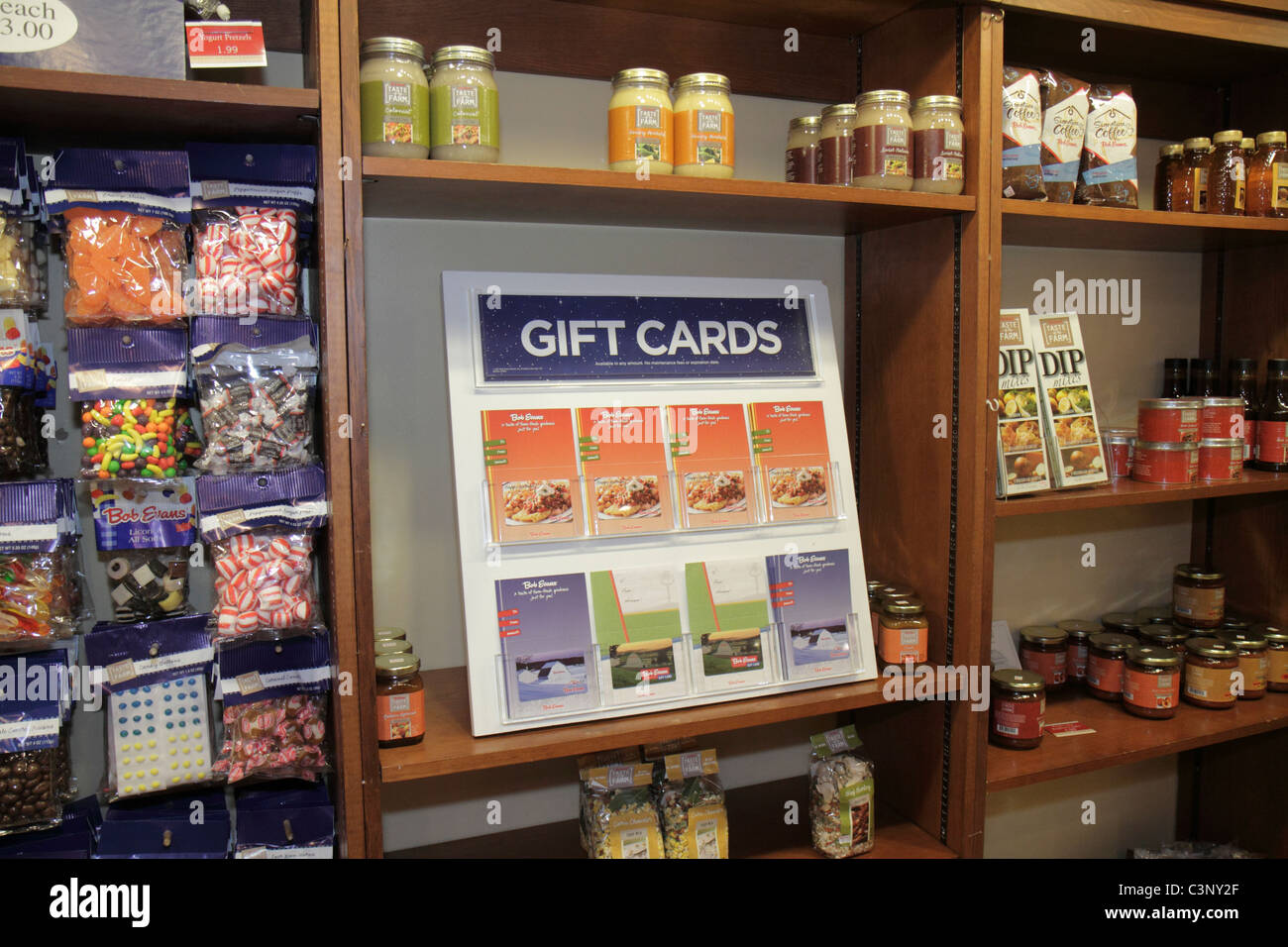 Tampa Florida Temple Terrace Bob Evans Restaurant Gift Shop Shopping Cards Retail Display Shelves Candy