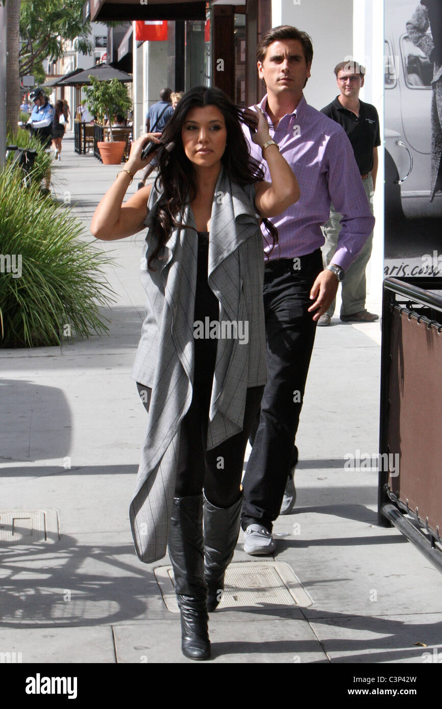 Pregnant Kourtney Kardashian Shopping In Beverly Hills Visiting
